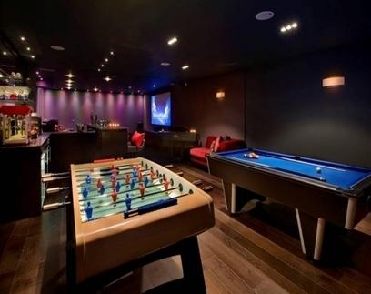 Modern Recreation Room Design