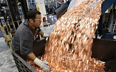 Samsung Pays Apple $1 Billion Sending 30 Trucks Full of 5 Cents Coins | Buzz on Bizz | Scoop.it