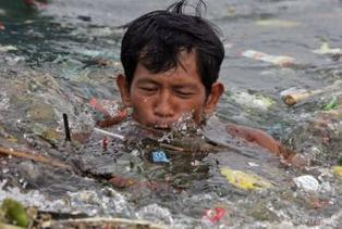 Pollution des océans : nous nageons au milieu des ordures | Ca m'interpelle... | Scoop.it