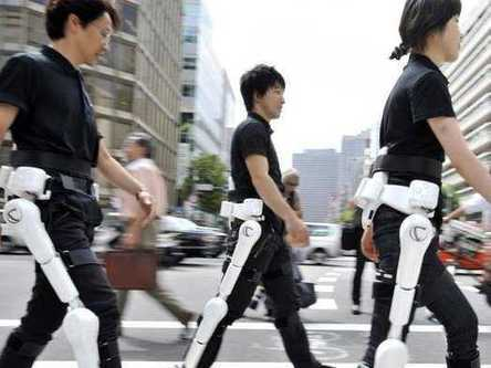 Japanese Robot Suit Approved For Worldwide Rollout | leapmind | Scoop.it