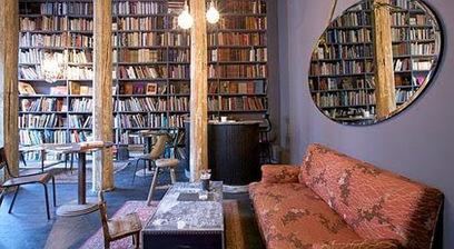 coffee shops salons de th cosy a. Black Bedroom Furniture Sets. Home Design Ideas