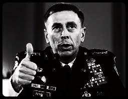 Petraeus: el Prometeo americano, por Jon Lee Anderson | Libro blanco | Lecturas | Scoop.it
