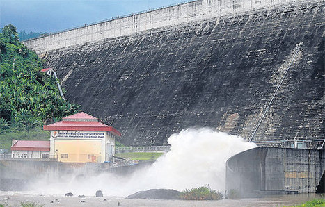 Floods breach industrial estate in Prachin Buri | Bangkok Post: news - Bangkok Post | Thailand Floods (#ThaiFloodEng) | Scoop.it