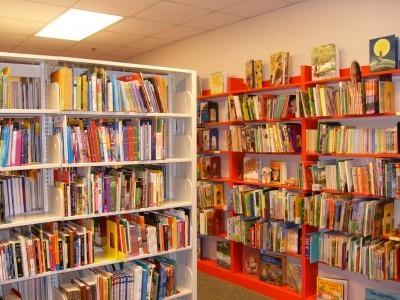 100 Helpful Blogs For School Librarians (And Teachers) - Edudemic | Readmorebks | Scoop.it