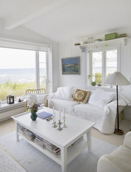 au danemark une maison surplombant la mer. Black Bedroom Furniture Sets. Home Design Ideas