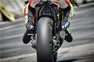 Rossi & Co. suffer tyre delamination - Visordown.com | motorcycles | Scoop.it
