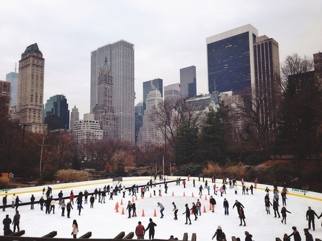 Tullianography - Ice skating in central park | Appertunity's fun & creative iphone news | Scoop.it