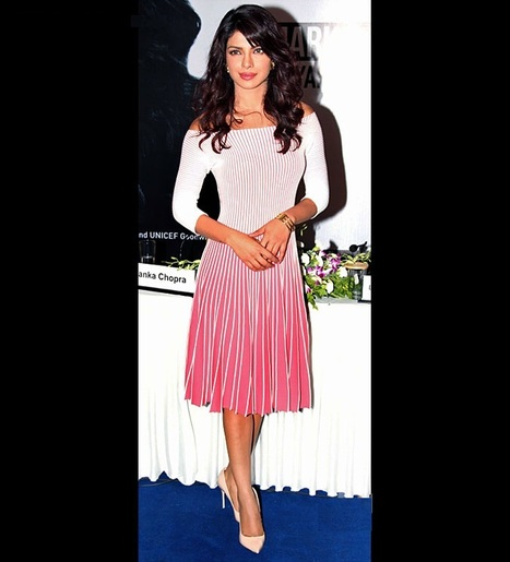 Bollywood Actresses Priyanka chopra launches UNICEF Mobile Applicatio | Bollywood Celebrities News, Photos and Gossips | Scoop.it