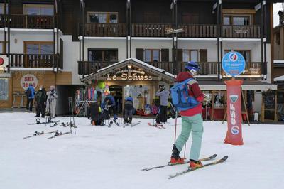 Ski et Covid-19 : la Savoie et la Haute-Savoie lancent les Assises du tourisme pour relancer l'économie en montagne