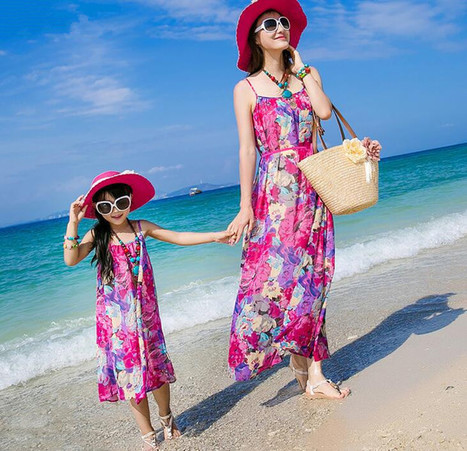e852fff4cac9 Best Matching Mother and Daughter Outfits for B...
