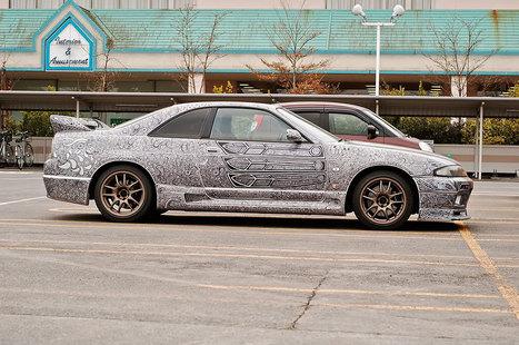 Guy Lets His Artist Wife Doodle With Sharpie Pen On His Nissan Skyline GTR | Random Ephemera | Scoop.it