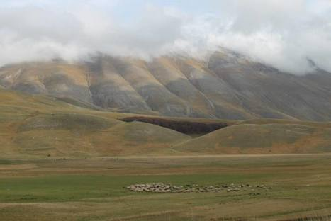 Castelluccio a bit of Ireland in the Middle of Italy | Le Marche another Italy | Scoop.it