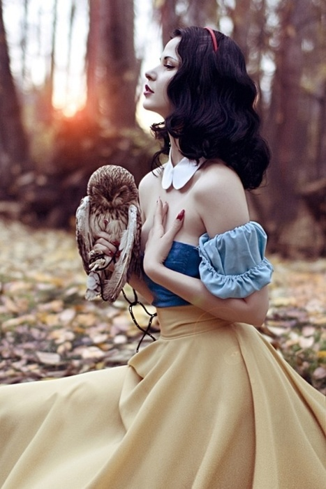 Cosplay - Sultry Snow White Cosplay | Vidi Fashion Factory (VIFF) | Scoop.it