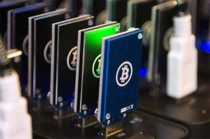 Bitcoin gang inches towards 100-member mark, hits $13-billion value - NDTV | money money money | Scoop.it