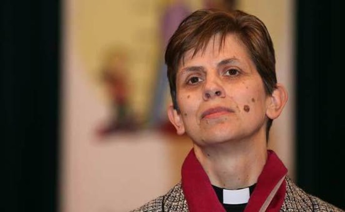 Church of England Breaks Tradition, Appoints First Woman Bishop | In The Name Of God | Scoop.it