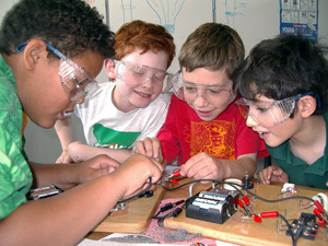 Operation Physics: Children's science misconceptions   NEWTONS LAWS CURRICULUM UNIT   Scoop.it