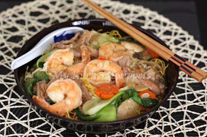 My Kitchen Snippets: Hong Kong Style Pan-Fried Noodles | One Man and his Wok (Chinese \ Asian Cooking) | Scoop.it