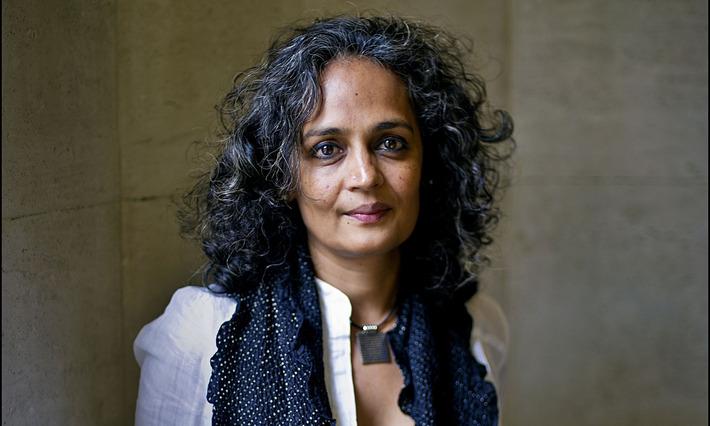 Arundhati Roy accuses Mahatma Gandhi of discrimination | The Guardian | Kiosque du monde : Asie | Scoop.it