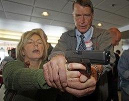 ¿Nuevos temas curriculares?: Entrenan a 200 maestros de Utah para usar armas   Malestar docente   Scoop.it