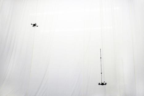 Drones toss and catch inverted pendulum | Robotics Frontiers | Scoop.it