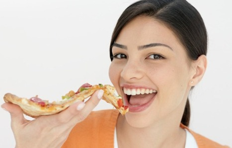» Pizza Express partners with PayPal, allows you to pay for meals with your iPhone » Video   World Tech News   Scoop.it