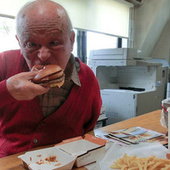 One of Japan's Greatest (and Oldest) Manga Artists, Eating a McDonald's Hamburger. | Anime News | Scoop.it