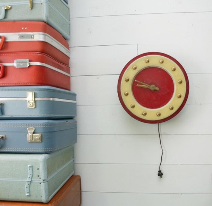 Beauty shop clock | Antiques & Vintage Collectibles | Scoop.it