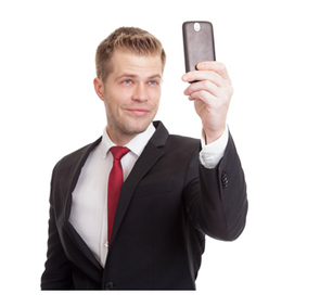 Hey, Guys: Posting a Lot of Selfies Doesn't Send a Good Message | Mom Psych | Scoop.it