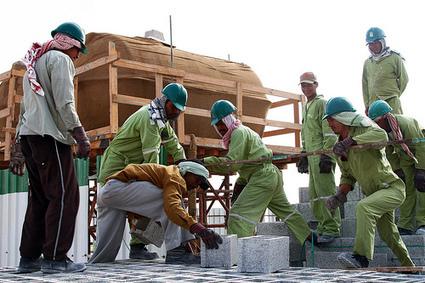 Conditions de travail sur les chantiers du Qatar : quel est le rôle de Bouygues et Vinci ? | Construction l'Information | Scoop.it