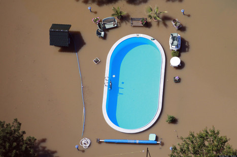 Germany Pool Photo: Flood Waters Engulf Magdeburg Garden In Surreal Image | What's new in Visual Communication? | Scoop.it
