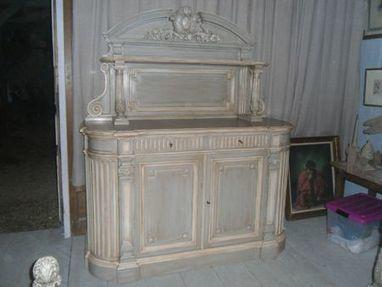 buffet de chasse style louis xvi peint et patin. Black Bedroom Furniture Sets. Home Design Ideas