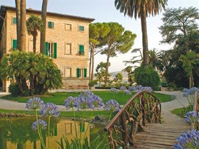 Le Marche Country Resort - Borgo Storico Seghetti Panichi | Le Marche Properties and Accommodation | Scoop.it