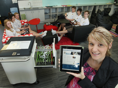 Bunbury schools get e-coaches | xyzlivecurriculumondemand | Scoop.it