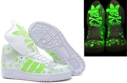 the latest 706ae 76914 Adidas High Tops Glow In The Dark Skull King Big Tongue Green White   glow-in-the-dark-0006  -  85.13   Adidas Glow In the Dark Shoes, Nike Dunks  Glow In the ...