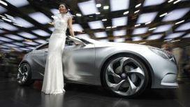 Mercedes-Benz just had its best month of car sales in history - Quartz | Social Network for Logistics & Transport | Scoop.it