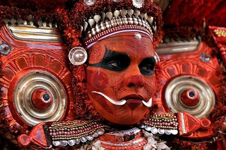 Theyyam performers  | Travel Photographer: Tewfic El-Sawy | photography | Scoop.it