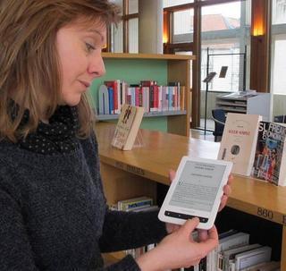 """Poitiers : Le prêt de """" liseuses """" testé dans les médiathèques   Lecture, ressources et services numériques en bibliothèque   Scoop.it"""