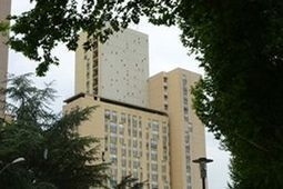 Une tour de 23 étages à vendre pour un euro | Bâtiment & réglementations | Scoop.it