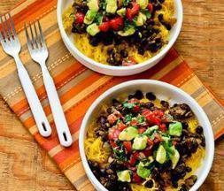 Meatless Monday: Vegan Spaghetti Squash and Black Bean Mexican Bowl | My Vegan recipes | Scoop.it