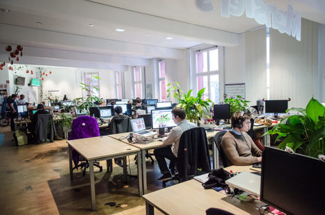 Inside the Latest Office Design Craze Hot Desk
