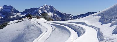 Zermatt – Saas Fee: au fond du Valais, un duel sur le marché du ski