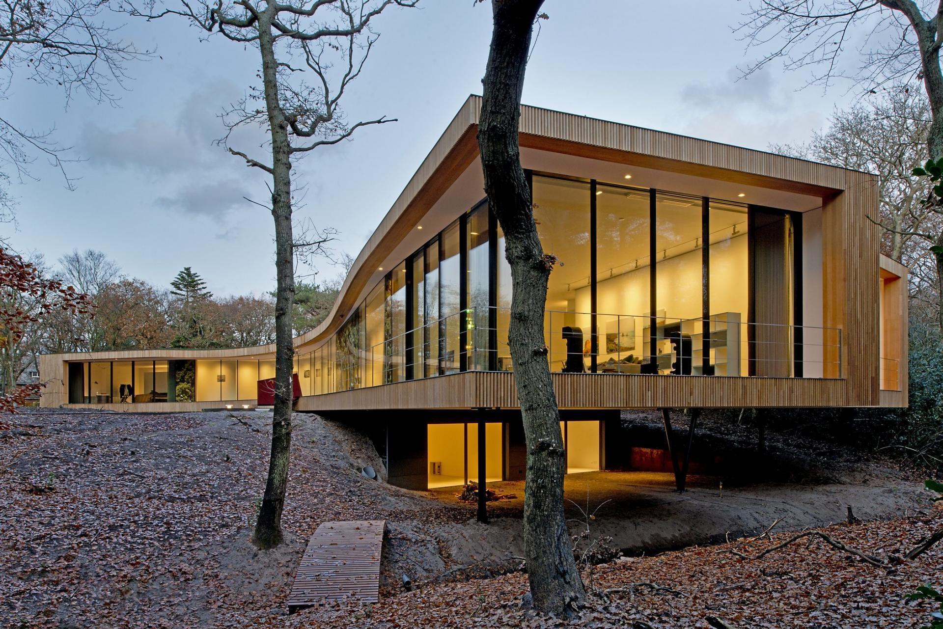 Maison bois contemporaine à l'architectu...