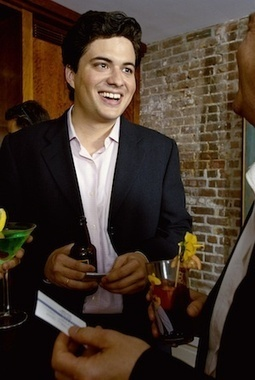 5 ways to stand out at your next networking event   USA TODAY College   Entrepreneurship   Scoop.it