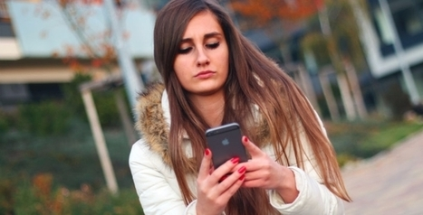 One in five young people lose sleep over social media | ESRC press coverage | Scoop.it