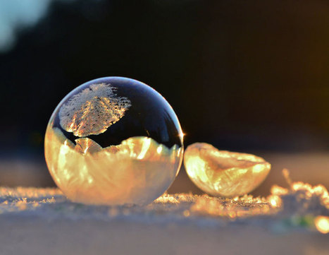 Mother and Son Blow Bubbles in Freezing Cold and Discover Something Beautiful | Collateral Websurfing | Scoop.it