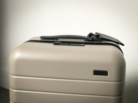 This modern, stylish suitcase is guaranteed for life — plus, it charges your phone | Entrepreneurship, Innovation | Scoop.it