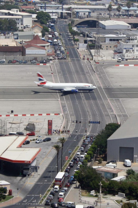 Gibraltar Airport, where planes and cars meet daily | Shock Wave | Scoop.it