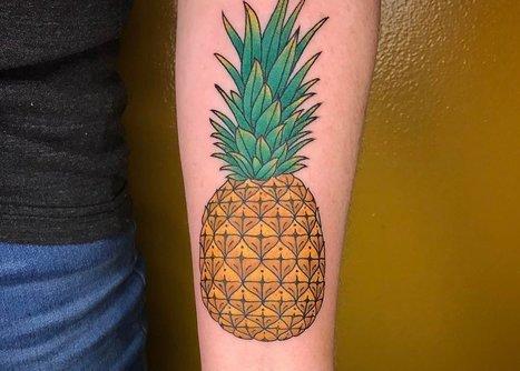 0da758287 37 Fresh Pineapple Tattoo Designs for Tropical Vibes