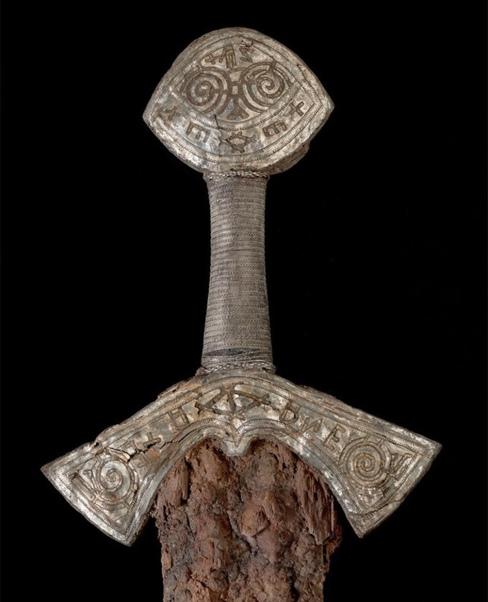 A unique Viking sword goes on display for the first time since its discovery | Antiques & Vintage Collectibles | Scoop.it