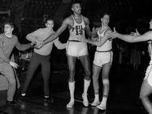 Contraataque de 11: Wilt Chamberlain, el hombre de los 100 puntos   Basket-2   Scoop.it